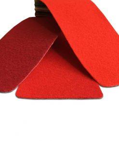 Röd nålfiltsmatta / mässmatta / montermatta / eventmatta / röda mattan - Rouge 4964. Köp hel rulle eller måttbeställ storlek och form. Bra pris, snabb leverans Stockholm o Sverige.